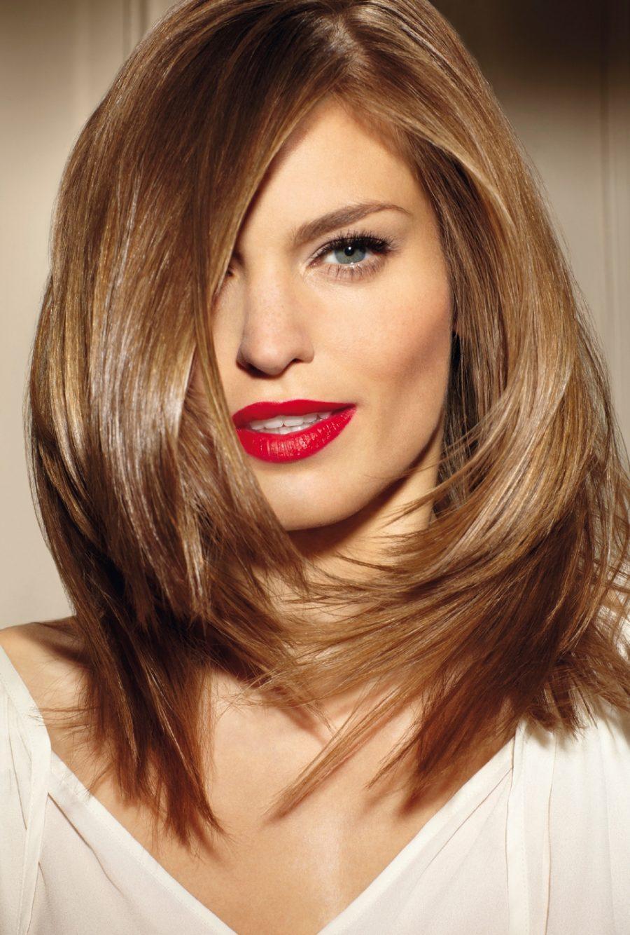 Стрижка на середне волосся