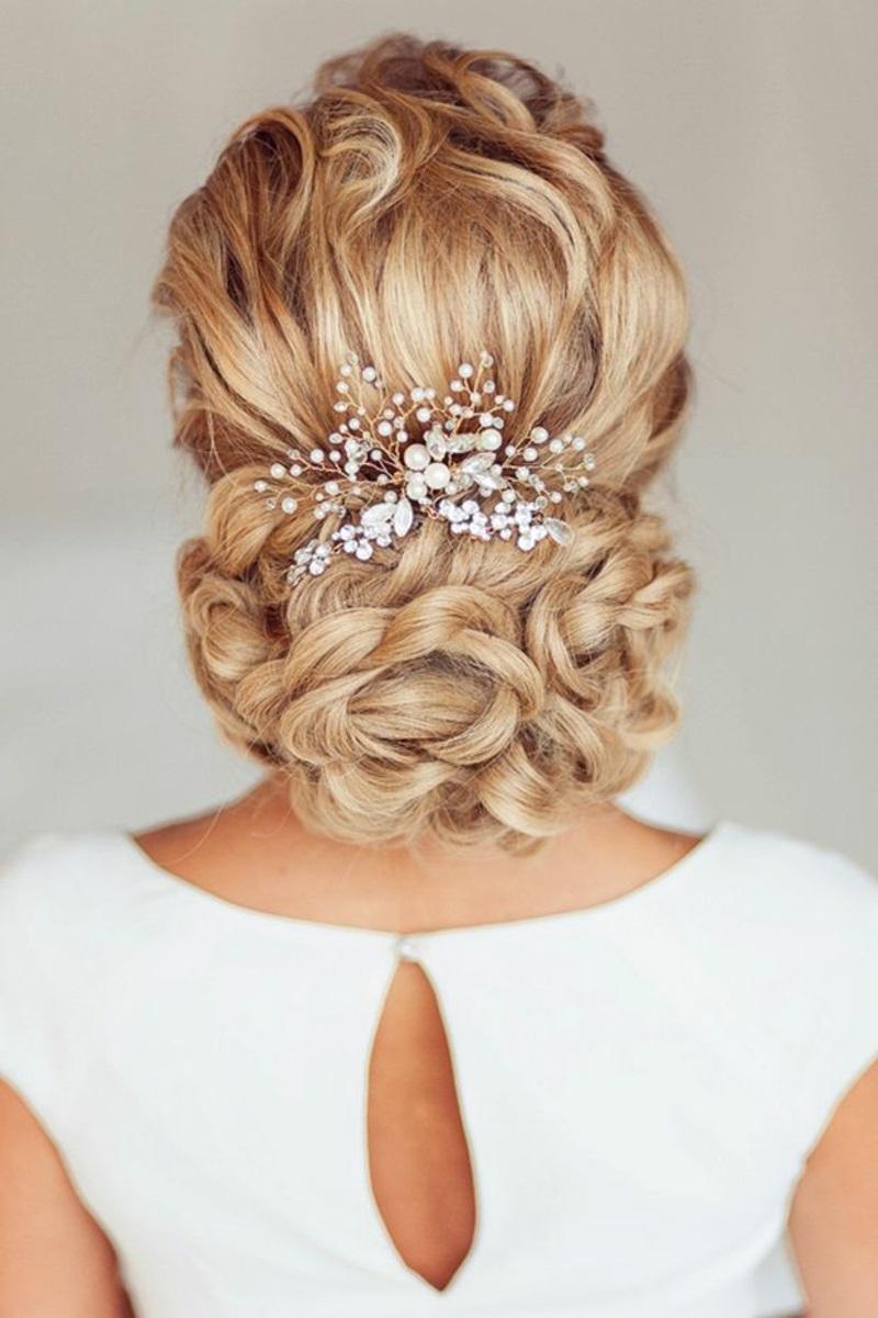 Заколка для свадебной причёски