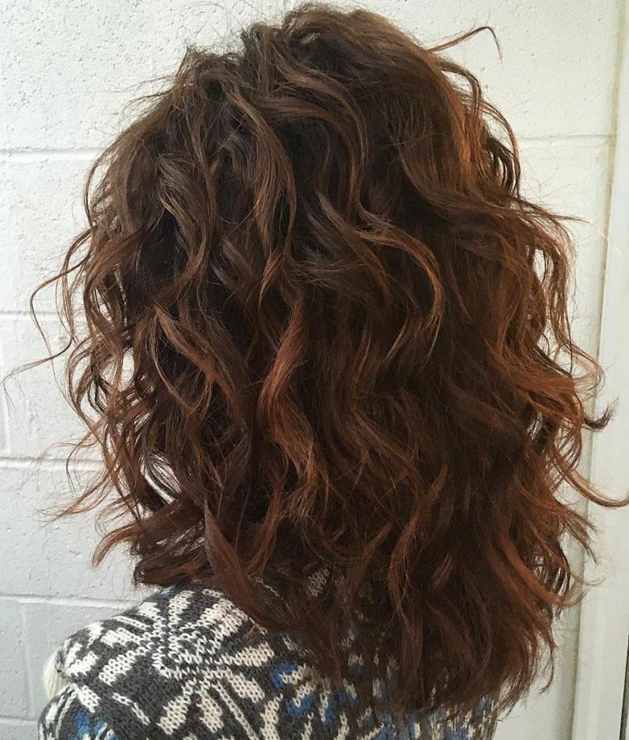 Стрижка каскад на кудрявые волосы длинные