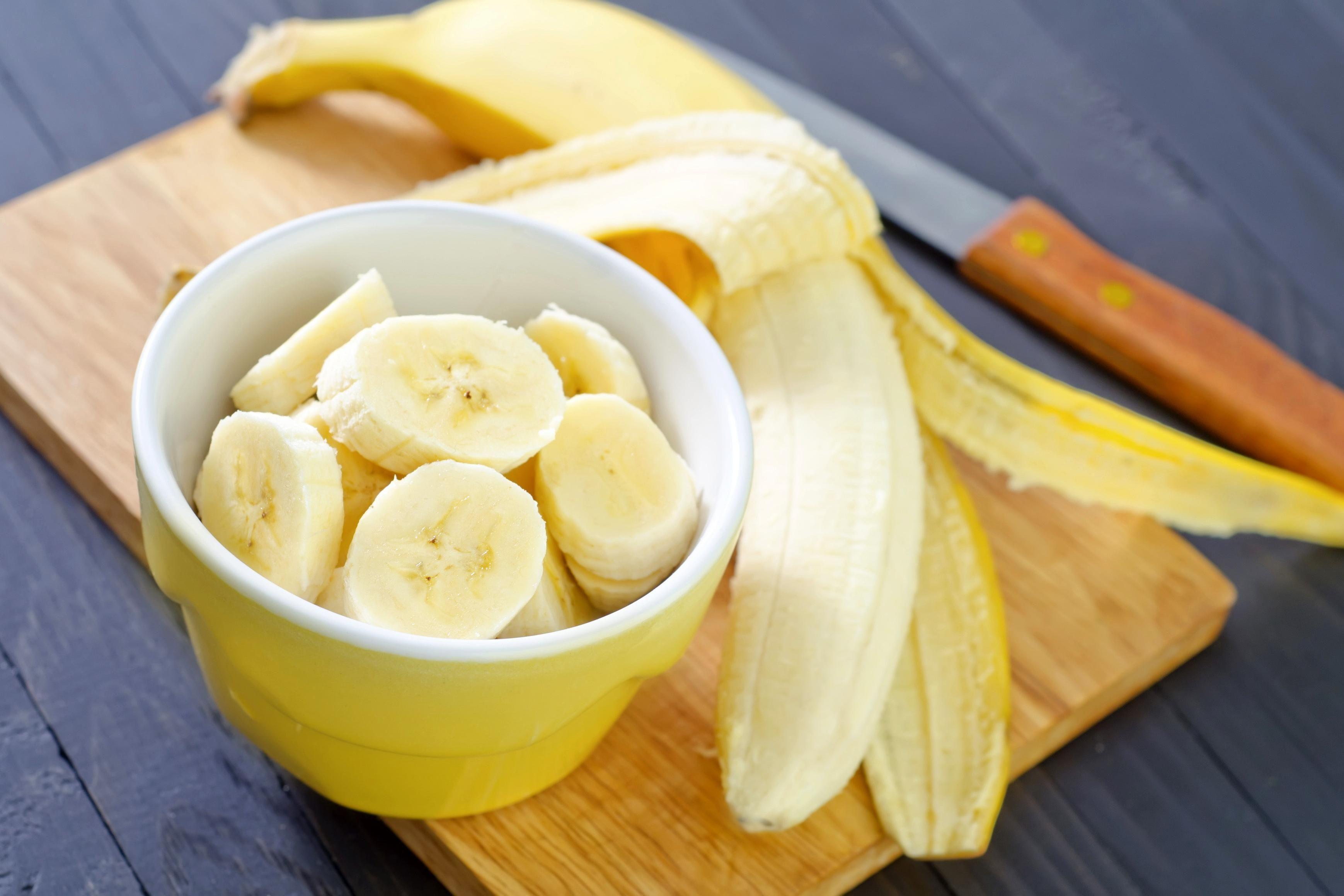 maska-iz-banana-dlya-litsa_7