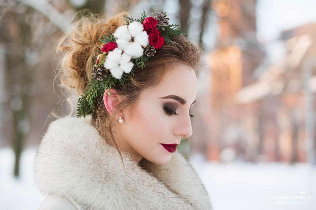 svadebnye-pricheski-na-srednie-volosy_ (6)