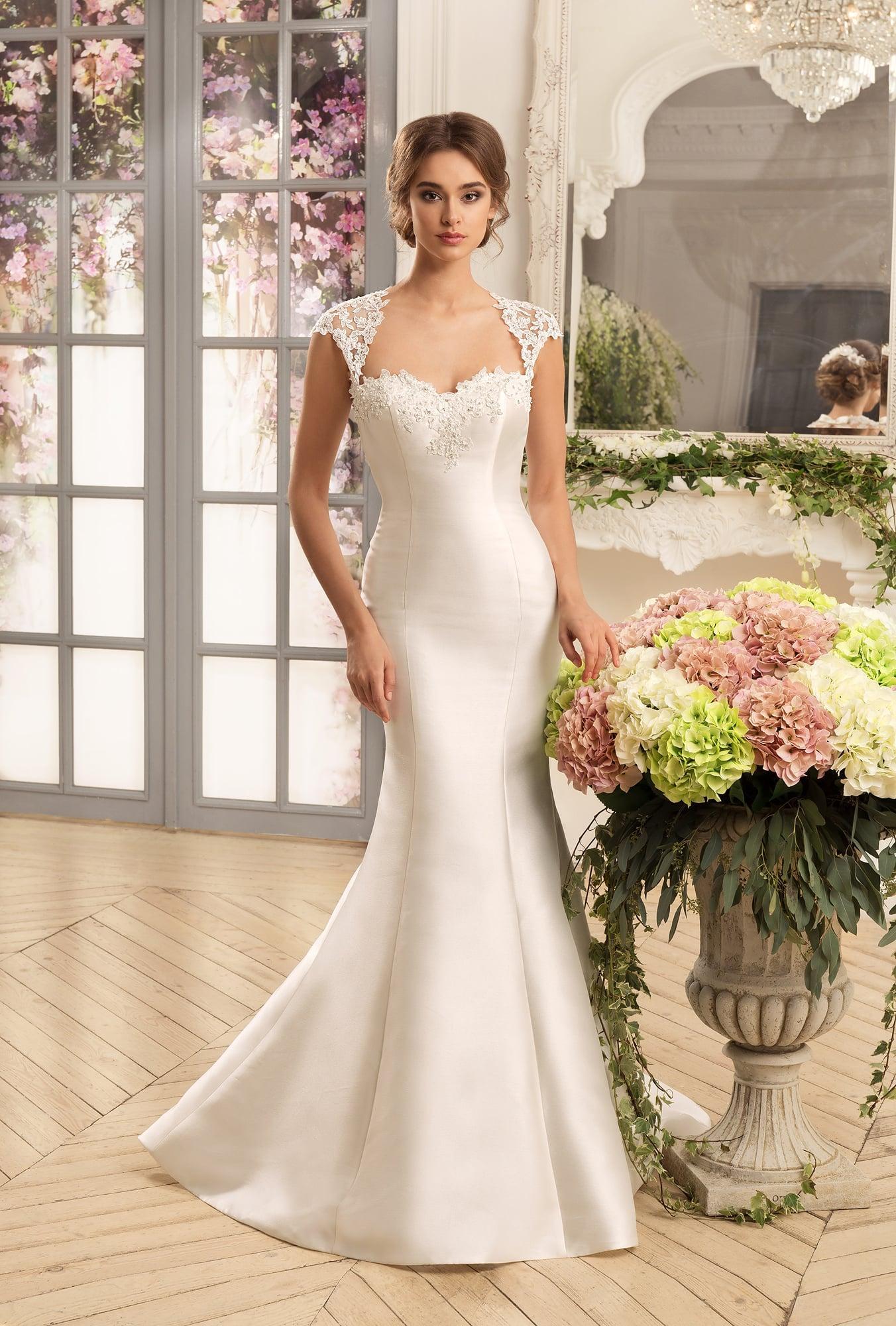 Atlasnoje_svadebnoe_platie (30)