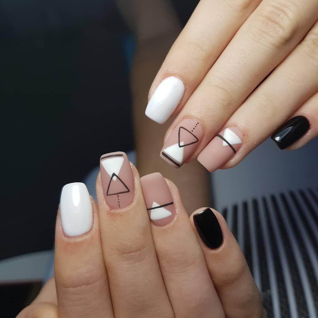 Geometriya_na_nogtiax (32)