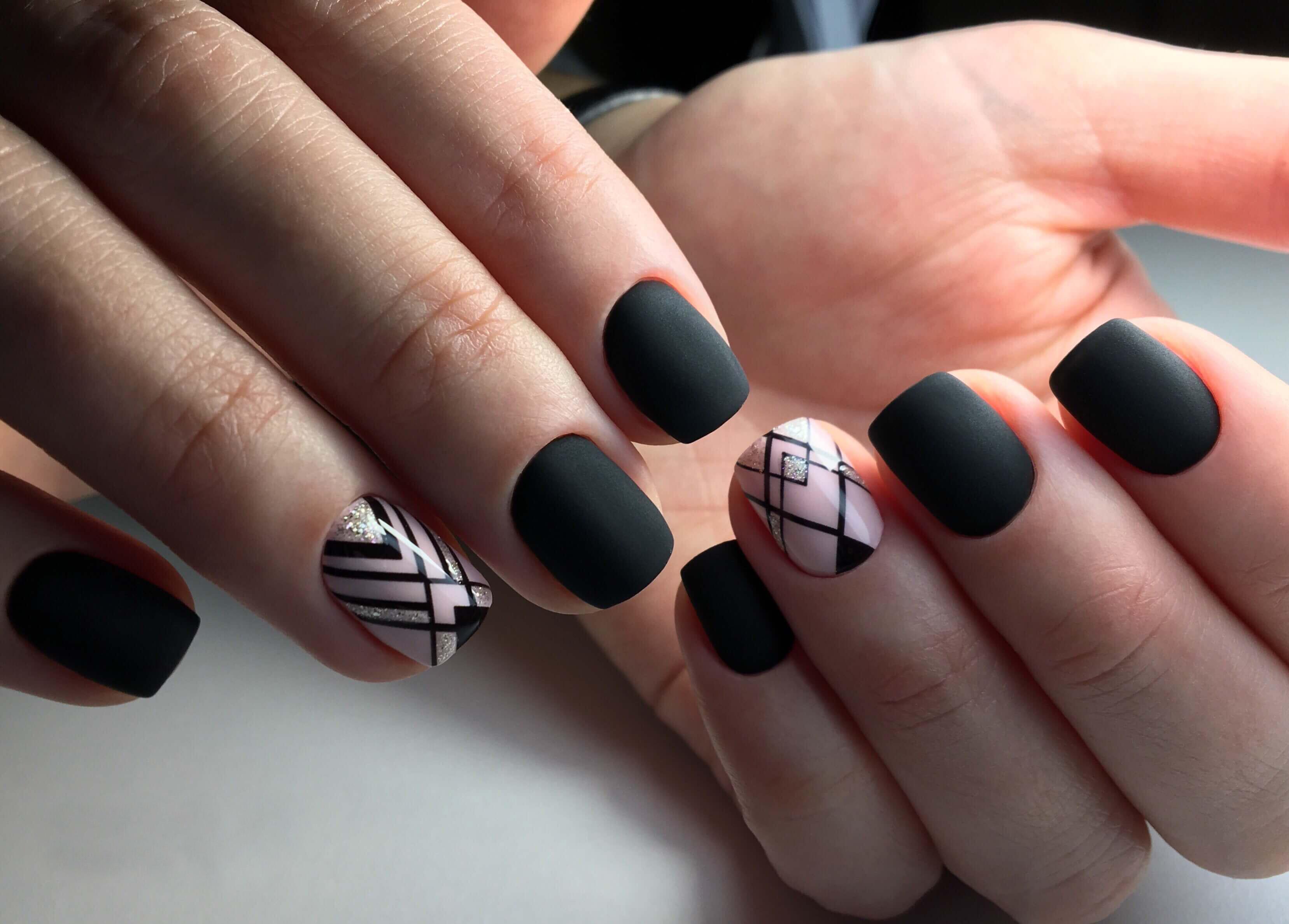Geometriya_na_nogtiax (37)