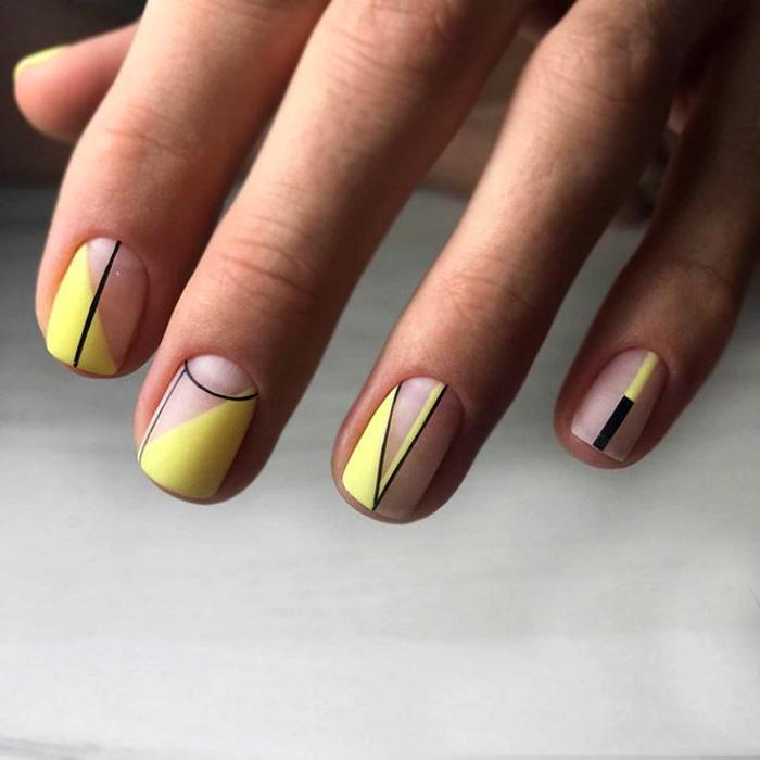 Geometriya_na_nogtiax (44)