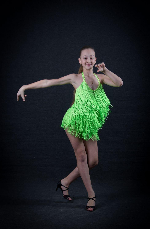 Platie_dlia_bal'nyx_tancev (33)