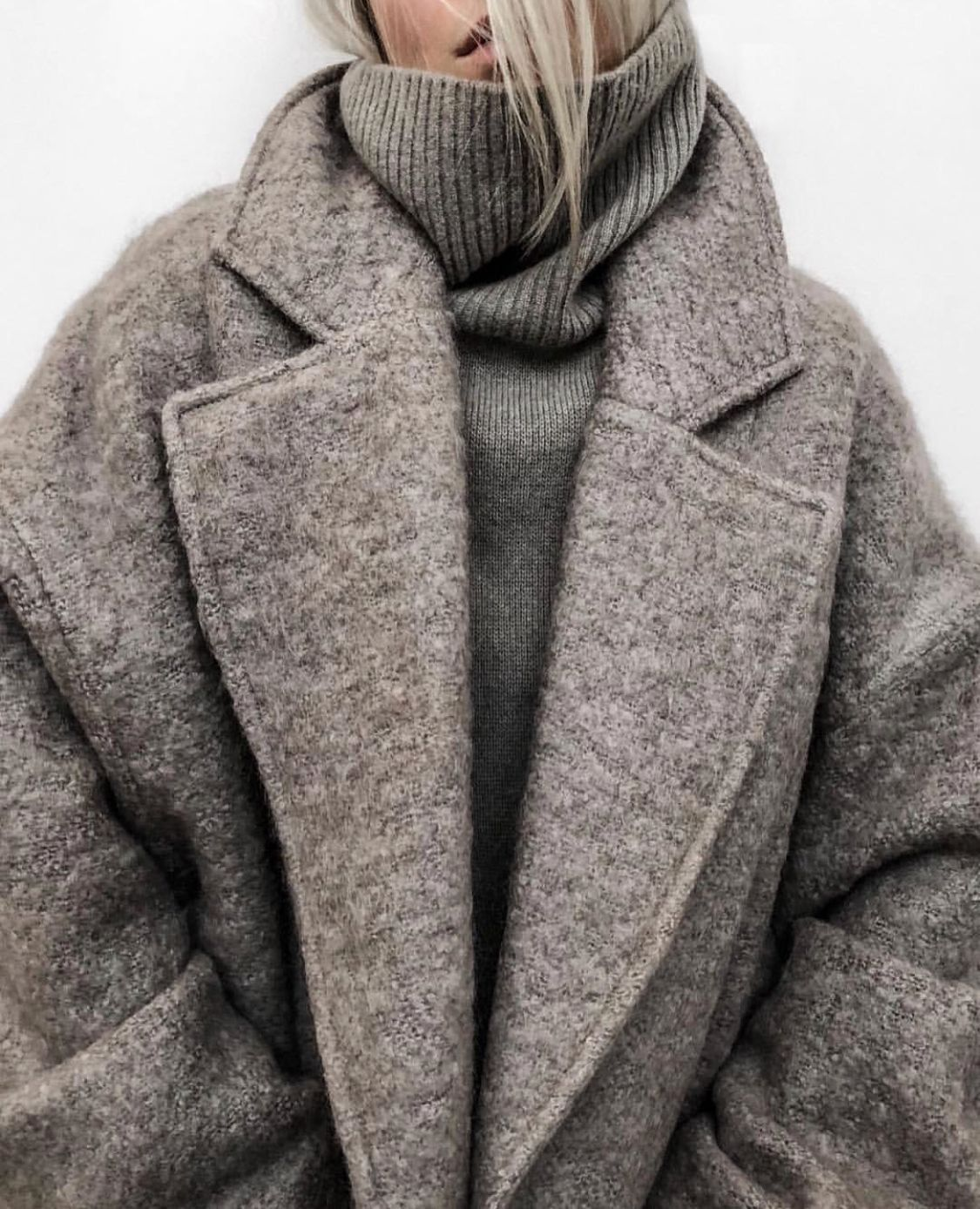 palto-drapovoe-zhenskoe-3
