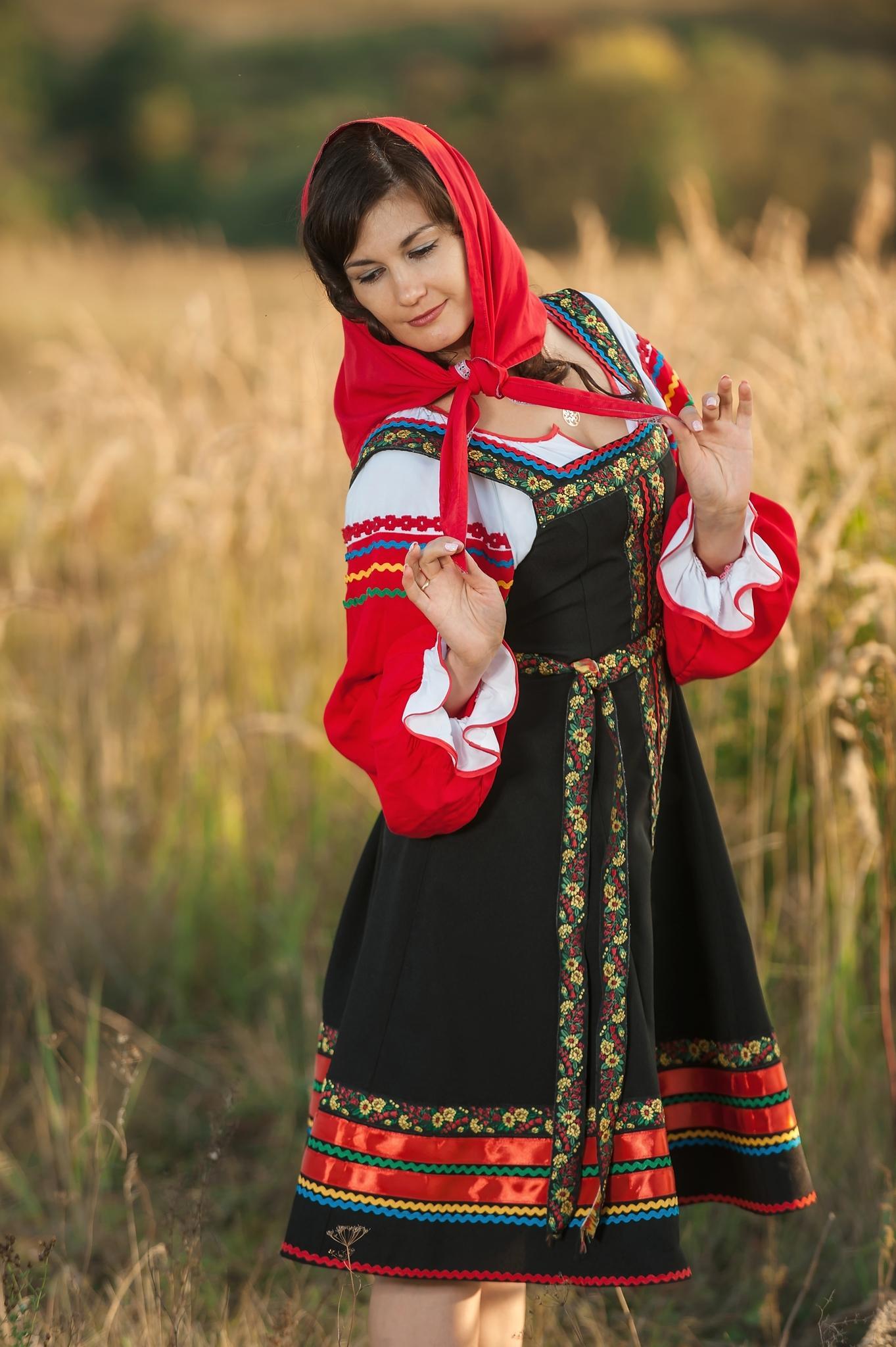 russkij-narodnyj-kostjum-30